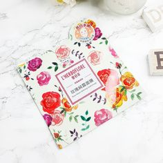 My 7th review for the #MSBNewYearNewMask event with @mystylingbox is a little late as I had this planned for Saturday. Sometime life gets in the way though as much as I like to plan!  Anyway this is the L'HERBOFLORE Rose Water Refining Hydromask  . . Ingredients:Damask Rose Water / Hyaluronic Acid. 'Rich in Damask Rose Water that repairs hydrates and nourishes the skin. Addition of Trehalose hyaluronic acid and Aloe Vera provide long-lasting hydration and is soothing to the skin.' . . This…