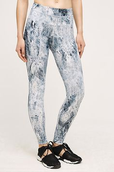 Activewear & Workout Clothes for Women Outfits 2016, Casual Outfits, Fashion Outfits, Leggings Mode, Leggings Fashion, Bold Fashion, Minimal Fashion, Fashion Trends, Capsule Wardrobe