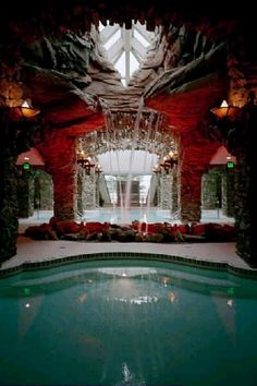The Grove Park Inn Resort & Spa. The Fire, Water, Ice signature treatment is hands down the best treatment I have ever had! This is a world class destination spa. I hope the rooms get remodeled soon, as they are very disappointing. Swimming Pool House, Swimming Pools, Vacation Resorts, Vacation Spots, Spas, Grove Park Inn, Maggie Valley, Biltmore Estate, All I Ever Wanted
