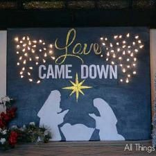 Lighted Christmas Canvas - All Things Heart and Home Diy Christmas Art, Christmas Manger, Christmas Paintings On Canvas, Christmas Holidays, Christmas Decorations, Painting Canvas, Lighted Canvas, Christian Christmas, Canvas Crafts