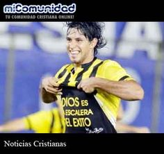 Suspenden a futbolista paraguayo por mostrar un mensaje cristiano