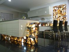 Caesarstone Concetto in 8311 Gray Agate adds detail without overtaking a space. www.caesarstone.sg