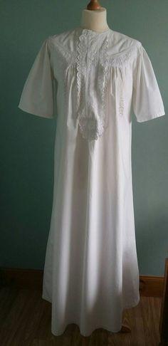 Viktorianisches Nachthemd kurzen Ärmeln reine weiße Baumwolle