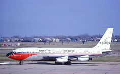 Braniff International Boeing is seen taxiing at Dallas-Love Field, circa September (Photo: Mel Lawrence, Copyright: Braniff Flying Colors Collection) Boeing 720, Boeing Aircraft, Commercial Plane, Commercial Aircraft, Mercury, Illinois, B720, Airport Photos, Best Airlines