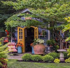 We've never wanted to live in a potting shed until now. - We've never wanted to live in a potting shed until now. 😍 Aren't these yellow doors adorable - Backyard Cabin, Backyard Sheds, Garden Cottage, Home And Garden, Cottage House, Outside Sheds, Tiny House Kits, Yellow Doors, She Sheds