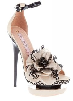 High-heeled floral shoes
