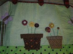 Bandô em patchwork - feito sobre encomenda e sobre medida, temas e cores a combinar. R$ 160,00
