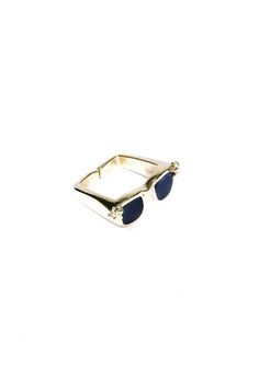 Sunglasses Ring