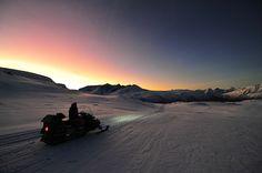 Snow_mobile_Lyngen_Lodge_Norway_3