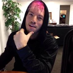 Josh Dun, don't look at me with that cute face because I might melt