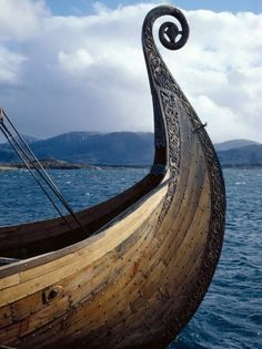 Viking style boat prow