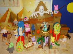 2010 Contest VALLEY OF THE PEEPS   Photo posted by: Michelle Citrone   A journey into the Valley of the Peeps to the Great Pyramid -- home of Pharaoh Peep and the Tomb of the Marshmallow Bunny!  --- a Citrone Family Project