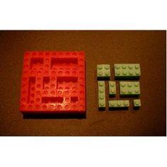 Flexible mold to make a Lego theme cake!