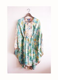 Turquoise beige fake silk caftan kaftan summer dress flowy dress with flower pattern floral.
