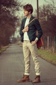 Spring is coming (by Lukas Kirdzik) http://lookbook.nu/look/4630833-Spring-is-coming