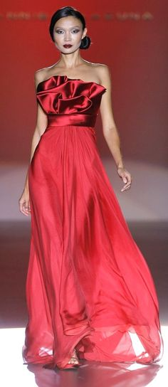 Glamour Gowns / karen cox. Hannibal Laguna - red couture - 2012
