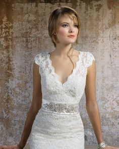 Lace Cap Sleeve Wedding Dress Make Your Style Look Glamorous