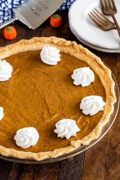Seriously Easy Pumpkin Pie Recipe - Crazy for Crust Best Pumpkin Pie Recipe, Easy Pumpkin Pie, Pumpkin Dessert, Pumpkin Recipes, Perfect Pumpkin Pie, Pumpkin Pie Cupcakes, Pumkin Pie, Homemade Pumpkin Pie, Deserts
