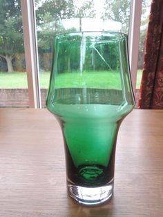 RETRO 1970S VINTAGE FINNISH RIIHIMAKI ART GLASS  GREEN TAMARA ALADIN VASE