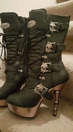 Skull Boots - not a fan of the skinny heel but yes pls