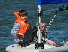 Sailing, powerboat