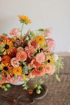 Summer Flower Centerpieces, Summer Flowers, Fresh Flowers, Beautiful Flowers, Cut Flowers, Wild Flowers, Cut Flower Garden, Flower Farm, Garden Inspiration