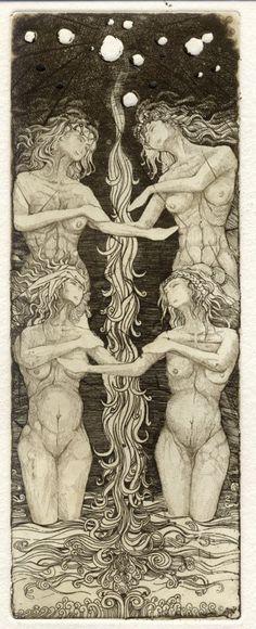 """""""IONA tarot"""" – одна из самых редких и красивейших колод в мире, представляющая собой произведение искусства. Йона таро состоят из 22 гравюр. Колоду разработала и издала художница Giona Fiochi в 1999 году в Италии ограниченным тиражом. Больше колода не издавалась."""