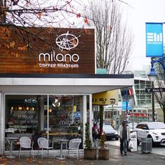 """""""Your West End source for banana bread and lemon loaf slices: @milanoroasters Denman. We love this sweet, super-cozy neighbour cafe  The staff is so friendly too."""" Image by @todieforff"""