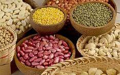 Liste des aliments sains et riches en fibres (légumineuses, légumes verts, fruits et céréales) avec leurs quantités, propriétés, avantages.