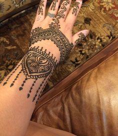 Archana's Threading and Henna - San Jose, CA, United States. Got my pretty henna done! Vegas ready :)