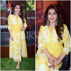 """2,680 Likes, 5 Comments - Pinkvilla (@pinkvilla) on Instagram: """"#WOW: Raveena Tandon looks radiant in yellow! @pinkvilla  . . #raveenatandon #bollywood #movie…"""""""
