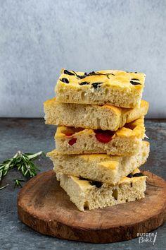Focaccia bakken – basisrecept High Tea, Bruschetta, I Love Food, Bread Recipes, Sandwiches, Bakery, Curry, Lunch, Dinner