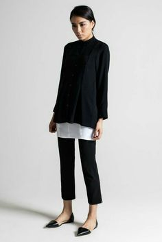 New normal o Normcore: ciao hipster, arriva la moda minimal Minimal Chic, Minimal Fashion, Work Fashion, Fashion Black, Dress Fashion, Tailored Fashion, Workwear Fashion, Classic Fashion, 80s Fashion