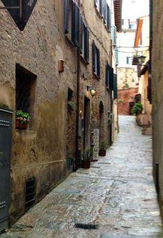Montepulciano - Residential street #montepulciano
