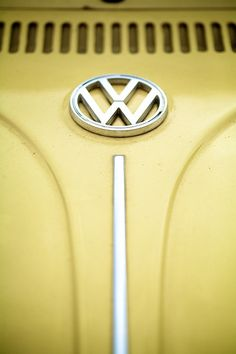 VW Beetle Logo | I came across this really old VW beetle and… | Flickr