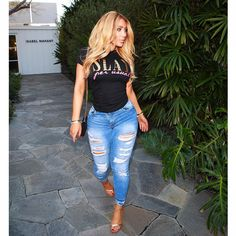 """Missnikkiibaby on Instagram: """"I'm in love with my Signature Slay Tee! I've just restocked it & items are back to shipping within 5 business days. Get yours on @slay.per.usual """" Miss Nikki Baby, Nikki Mudarris, Street Style Summer, Cute Outfits, Baby Outfits, What To Wear, Sexy Women, Skinny Jeans, Style Inspiration"""