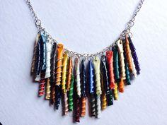 Arco iris collar de Respresso - hecho de reciclado Neapresso cápsulas