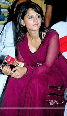 Discover thousands of images about Beautiful Bollywood Actress, Most Beautiful Indian Actress, Hot Actresses, Indian Actresses, Beautiful Celebrities, Beautiful Actresses, Anushka Shetty Saree, Anushka Photos, Beautiful Girl In India