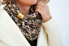 Handmade scarf in brown!