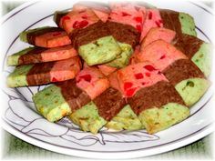 Spumoni Cookies www. Italian Table, Guacamole, Italian Recipes, Watermelon, Cooking Recipes, Mexican, Cookies, Baking, Fruit
