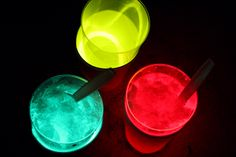glow in the dark drinks.  perfect for fireworks watching.  glowsticks, papercups, clear plastic cups and sprite (or shaved ice!)