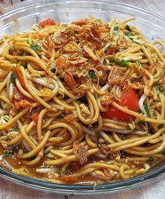 Image may contain: food Rice Recipes, Indian Food Recipes, Asian Recipes, Dinner Recipes, Ethnic Recipes, Noodle Recipes, Kitchen Recipes, Cooking Recipes, Mie Goreng