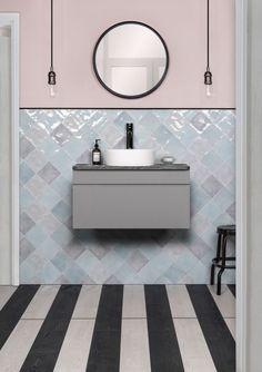 Diamond pattern tiling ideas Glass Bathroom, Bathroom Interior, Bathroom Trends, Herringbone Tile Pattern, Feminine Bathroom, Cheap Tiles, Blue Glass Tile, Mosaic Tile Designs, Traditional Bathroom