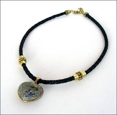 Necklace heart blue leather/ Sodalite stone Collier cuir / Articles, Etsy, Stone, Heart, Bracelets, Leather, Jewelry, Fashion, Braided Leather
