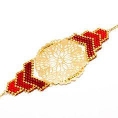 Détails du sautoir LUX rouge et bordeaux, une pièce de la nouvelle collection. Bonne soirée à tous #artisticbracelet #bijoux #madeinfrance #collier #sautoir #necklace #red #rouge #gold #or #photooftheday #fw15 #picoftheday #creation