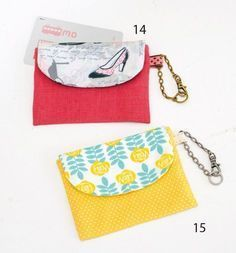 Easily handmade with a little cloth! How to make a pass case for a cute printed fabric (cloth accessories) Diy Coin Purse, Coin Bag, Quilting Projects, Sewing Projects, Diy Pencil Case, Fabric Wallet, Wallet Tutorial, Fabric Boxes, Kids Bags