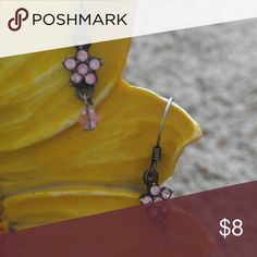 Pink Flower Earrings Cute to go with any outfit. Bundle and save!!! Jewelry Earrings