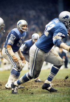 Detroit Lions linebacker Mike Lucci (53) in action during the 1971 season at Tiger Stadium.