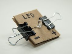 Scrappy Circuits | Make: Stem Projects For Kids, Stem For Kids, Simple Electronic Circuits, Middle School Technology, Kindergarten Stem, Preschool, Science Electricity, Second Grade Science, Simple Circuit