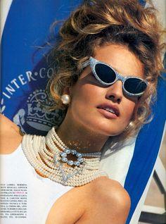 Karen Mulder by Patrick Demarchelier for Vogue Italia, 1991 #sunglasses